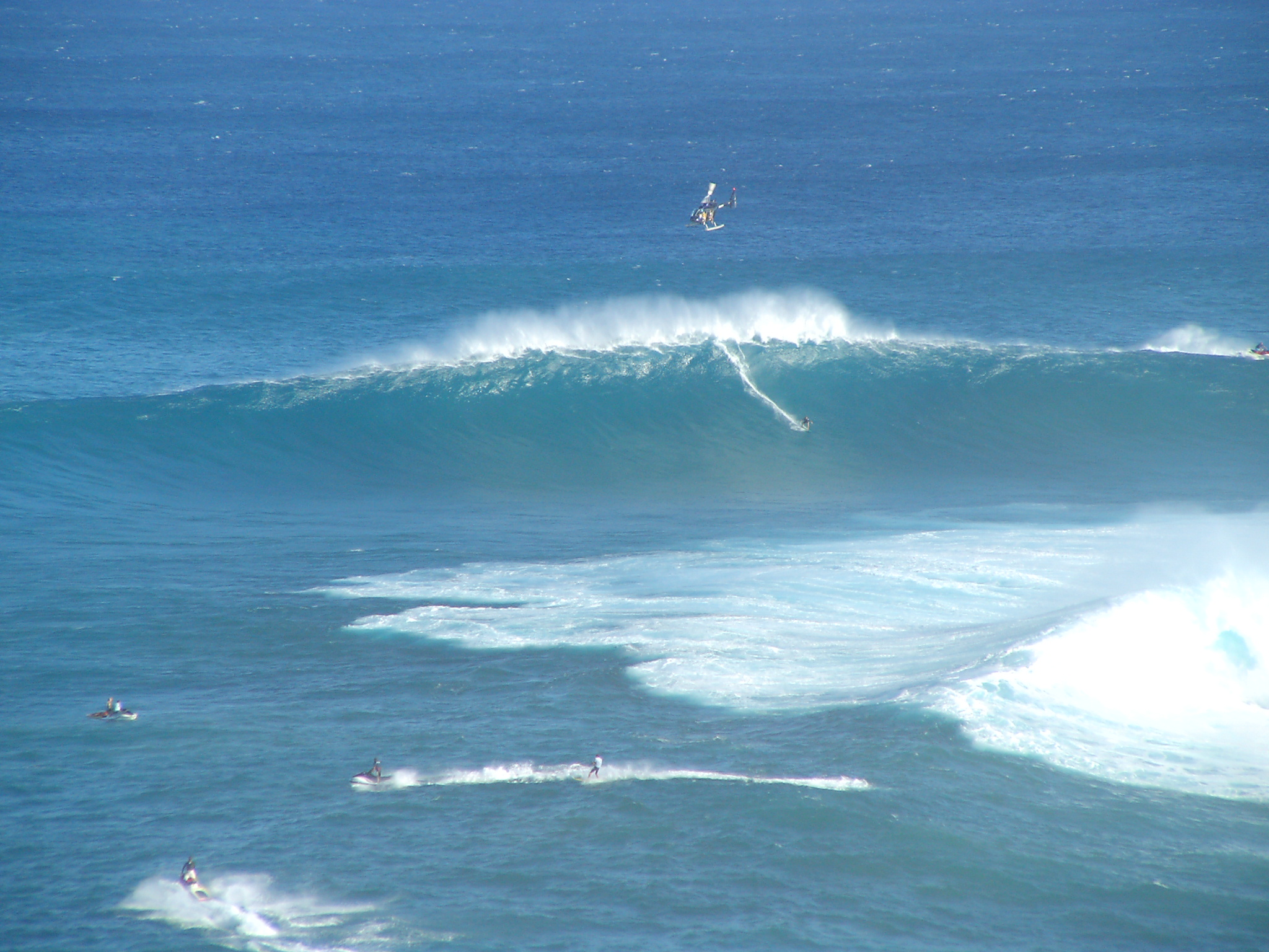 Big Wave Surfing At Jaws (Maui)