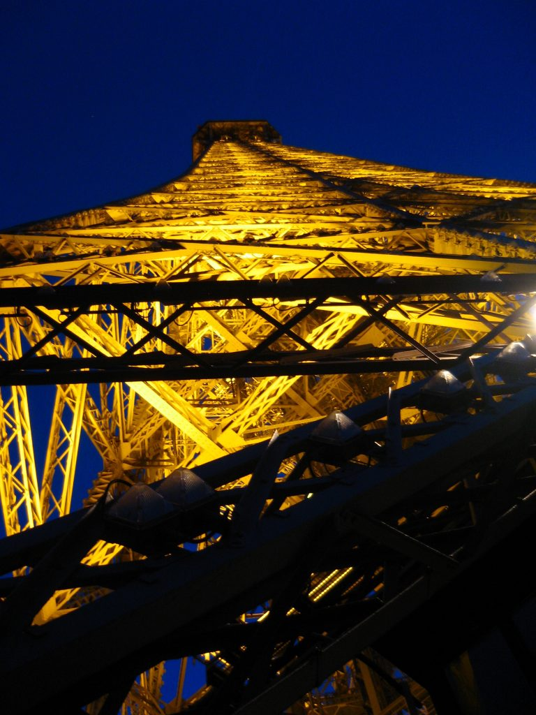 Tour Eiffel Lighting