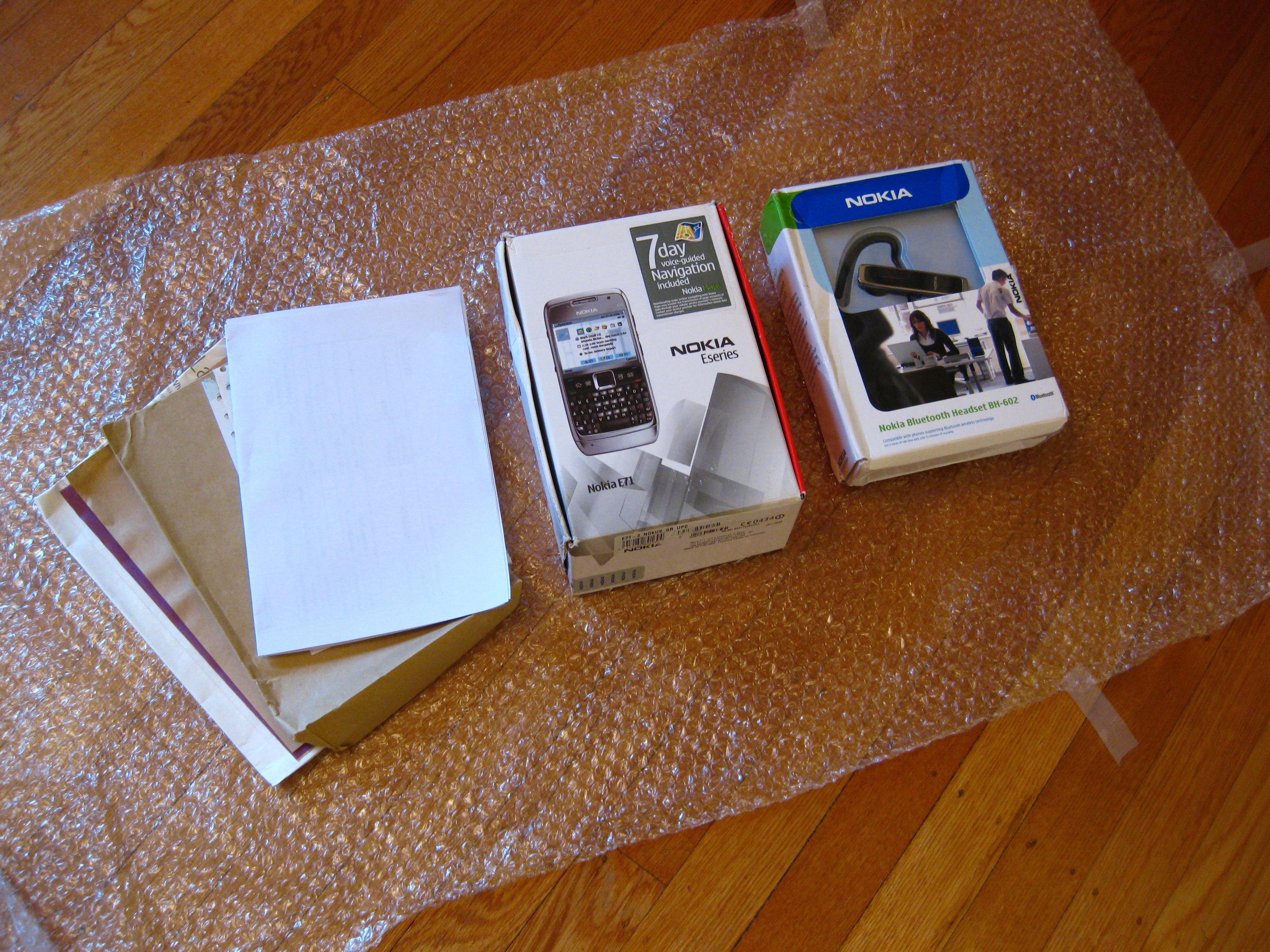 Unboxing Nokia E71